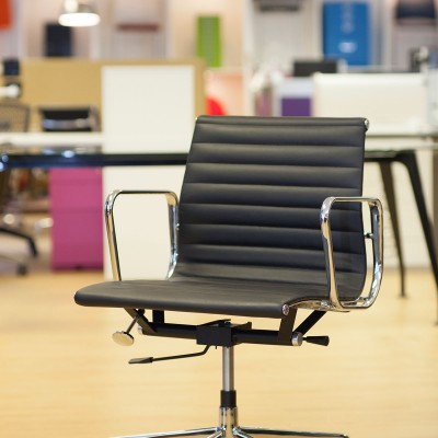 Eames Style Ribbed chairs front