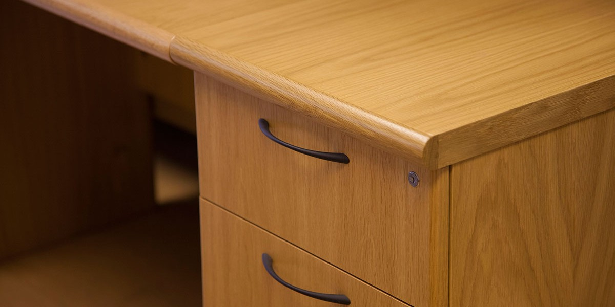 Hubbard's showroom Verco Corniche detail