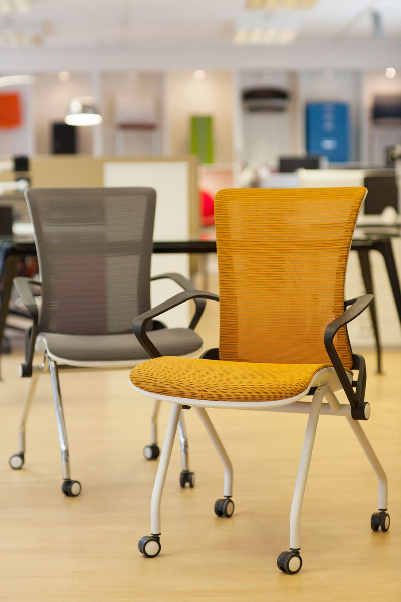 Lii Mesh chairs