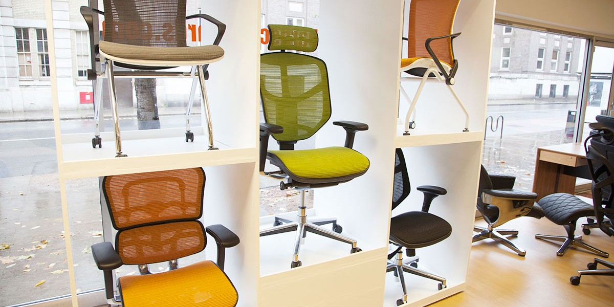 Mesh chair display