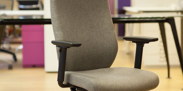 Verco Profile Task chair side