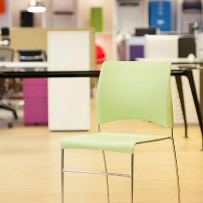 Verco Sting plastic breakout chair